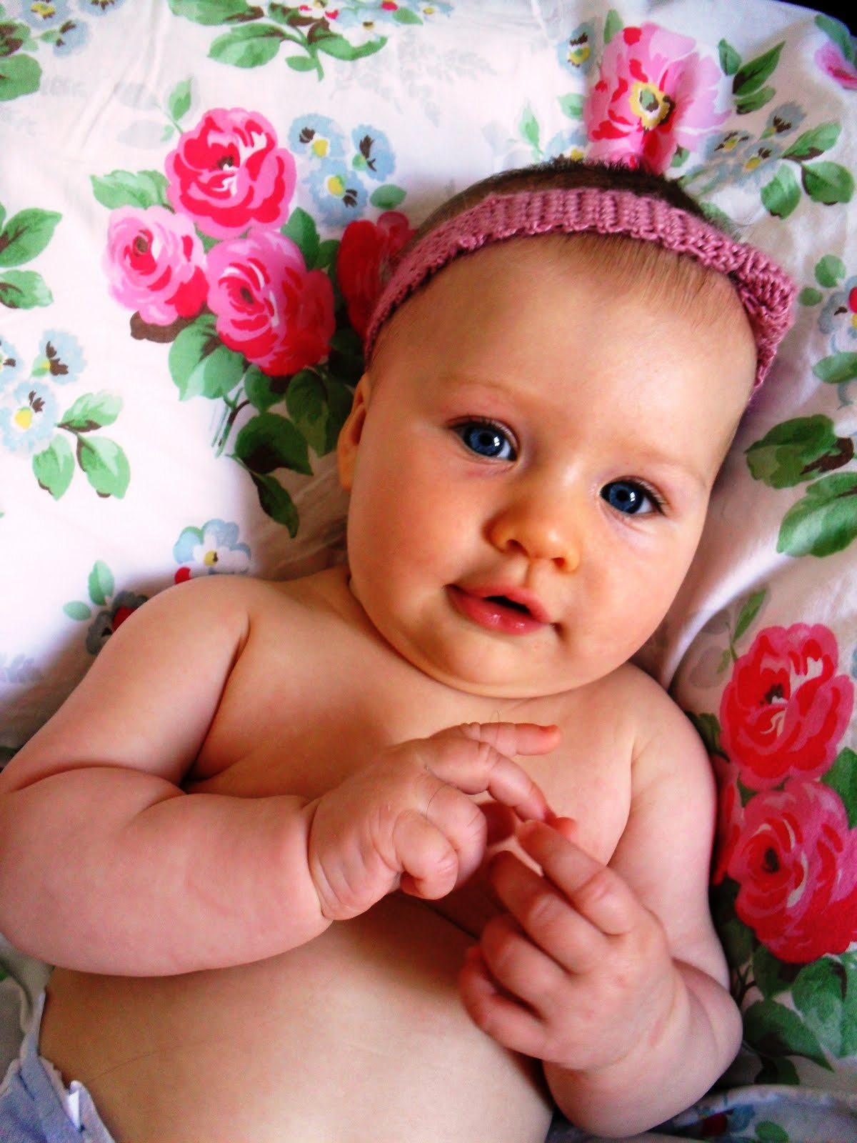 Country Rose: Cute baby accessories!