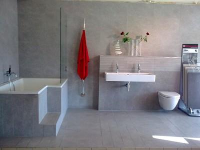 Projekt: Ett hem: Badrum i grått