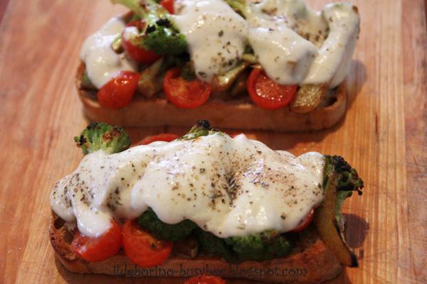 Pranzi Veloci - Crostoni con Broccoli, Pomodori e Mozzarella or ...