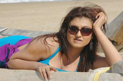 Actress Sona hot photos