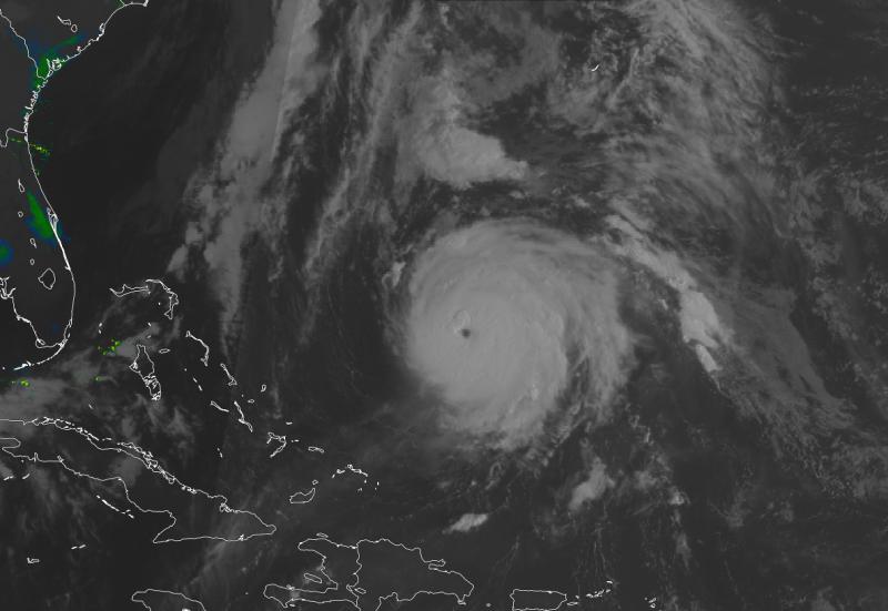 Orkaan ten zuiden van de Bermuda-eilanden.