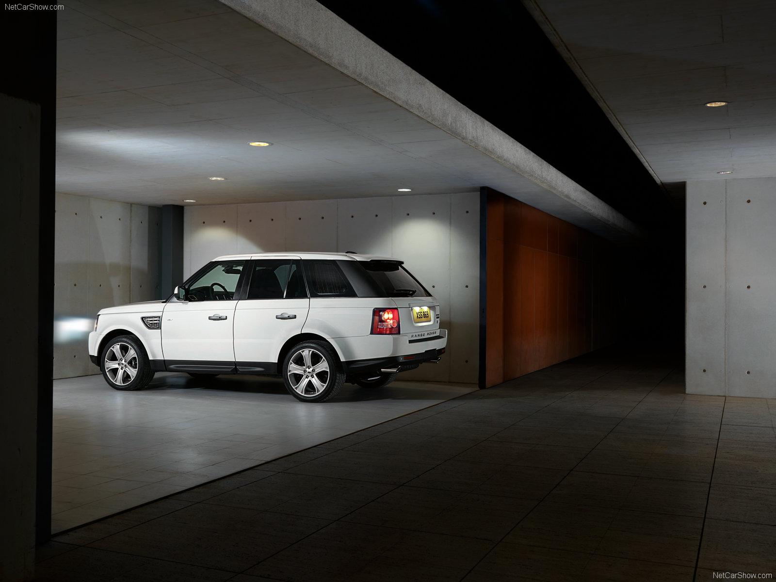 http://1.bp.blogspot.com/-xTUSa1rkYPk/T99rCNMwEZI/AAAAAAAAA-U/g_xBB0Nxp14/s1600/Land-Rover-Range-Rover-Sport-1600x1200_wallpaper_08.jpg