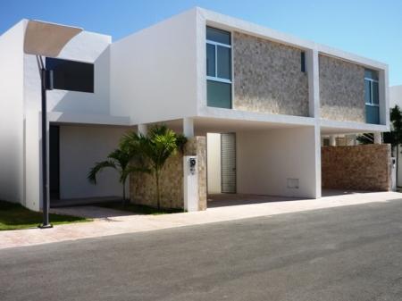 Fachadas minimalistas fachada minimalista con cochera techada for Cocheras minimalistas