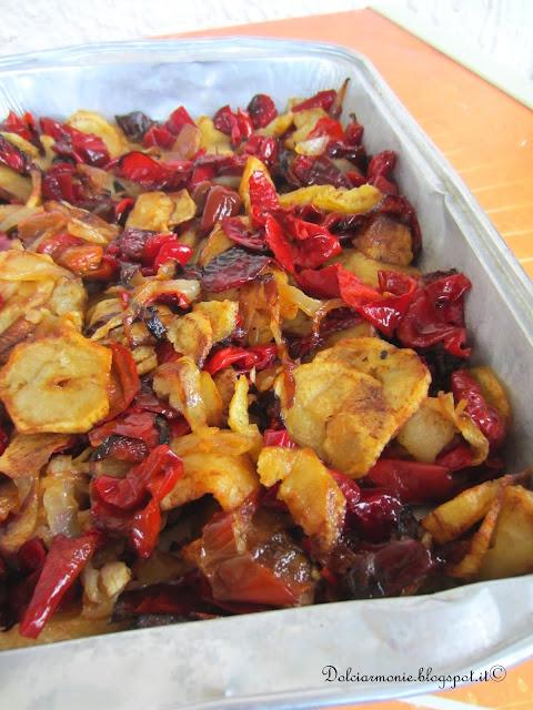 il contorno sfizioso di patate e peperoni rossi
