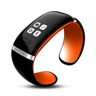http://shop-id.org/go/?a=1636&c=2&s=dedi&p=2014-New-Hot-Fashionable-Smart-Bluetooth-Bracelet-_30003493977