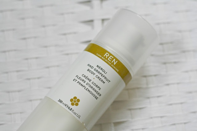 beauty-blog-review-ren-neroli-and-grapefruit-body-cream