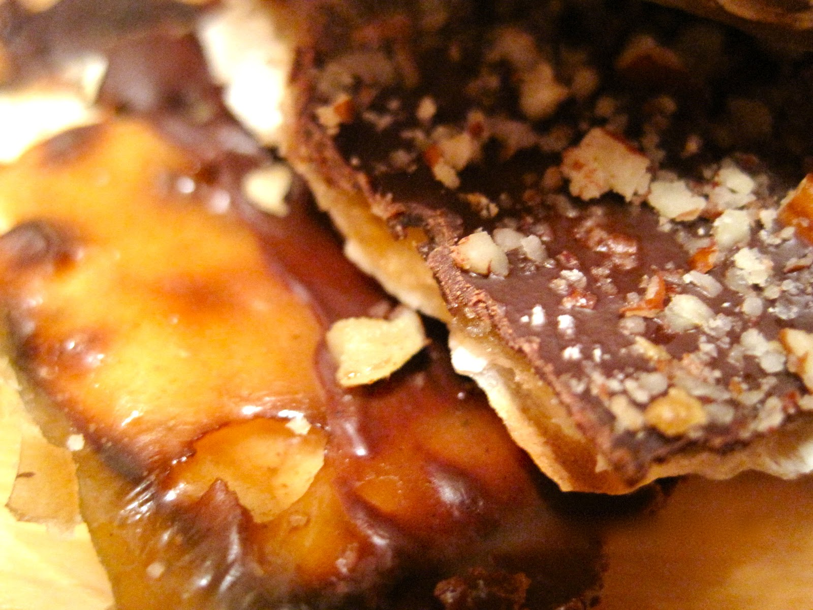 Kvell in the Kitchen: Chocolate Caramel Crack(ers)
