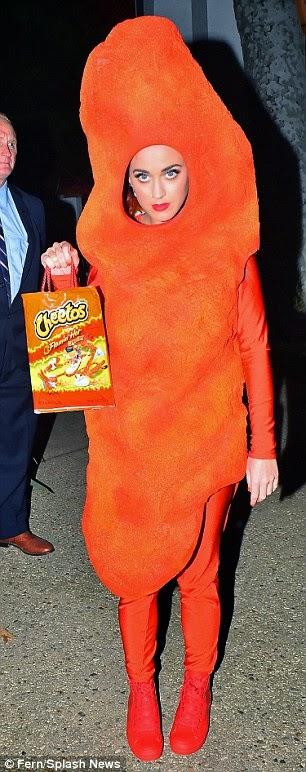 أزياء اختارها المشاهير لعيد الهالووين لهذا العام