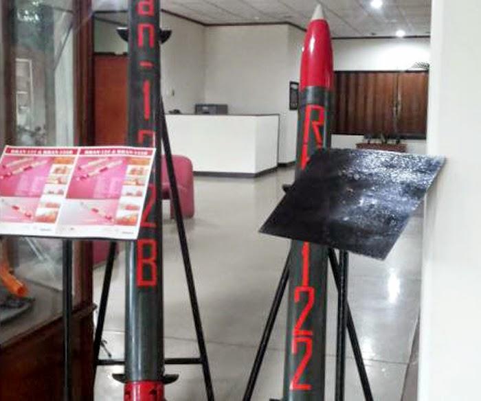Roket Balistik R-Han 122