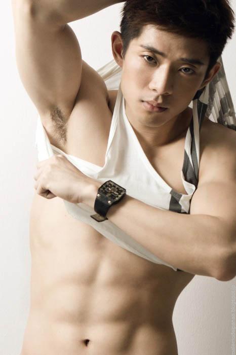 asian body builder