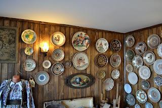 Foto Casa Pietraru- Colectia de ceramica din lut