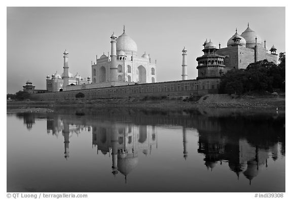 black taj mahal mystery - photo #9