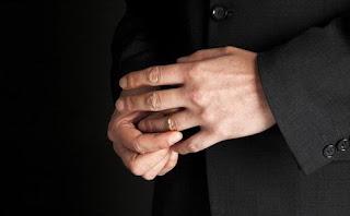 Bill Clinton dan Silvio Berlusconi merupakan sedikit dari gugusan nama Pria Berkuasa Rentan Selingkuh?