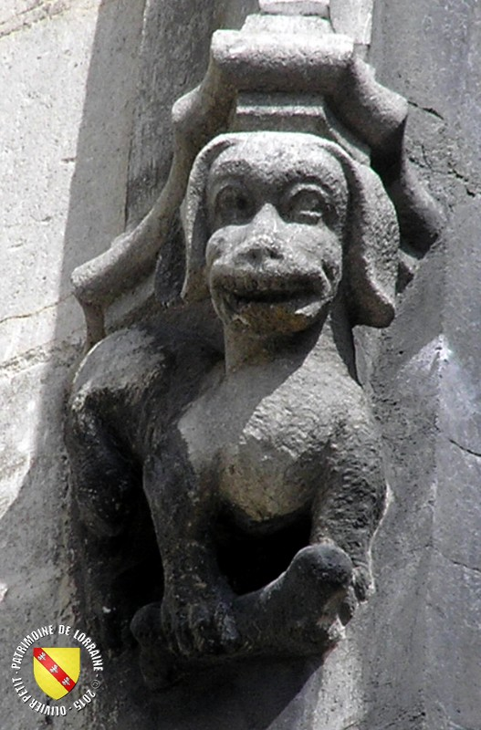 Patrimoine de lorraine saint nicolas de port 54 basilique saint nicolas ext rieur culots - Basilique de saint nicolas de port ...