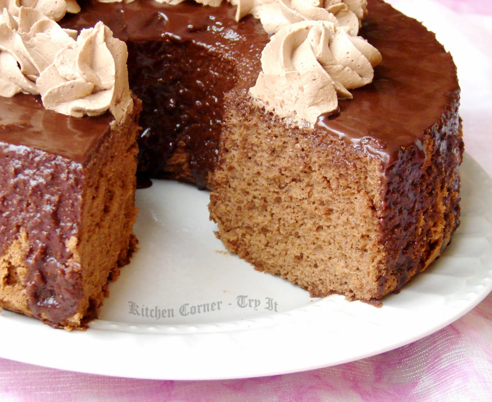 Kitchen corner try it chocolate chiffon cake for Living room 5 minute chocolate cake