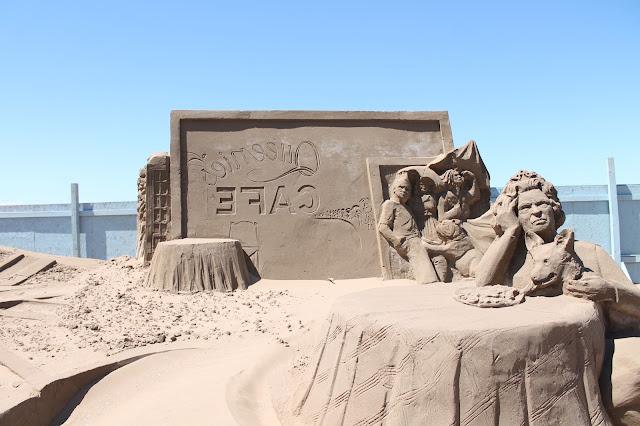 cafe sand sculpture at weston sand festival 2015