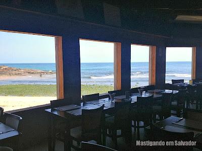 Red River Café: Vista para o mar do Rio Vermelho