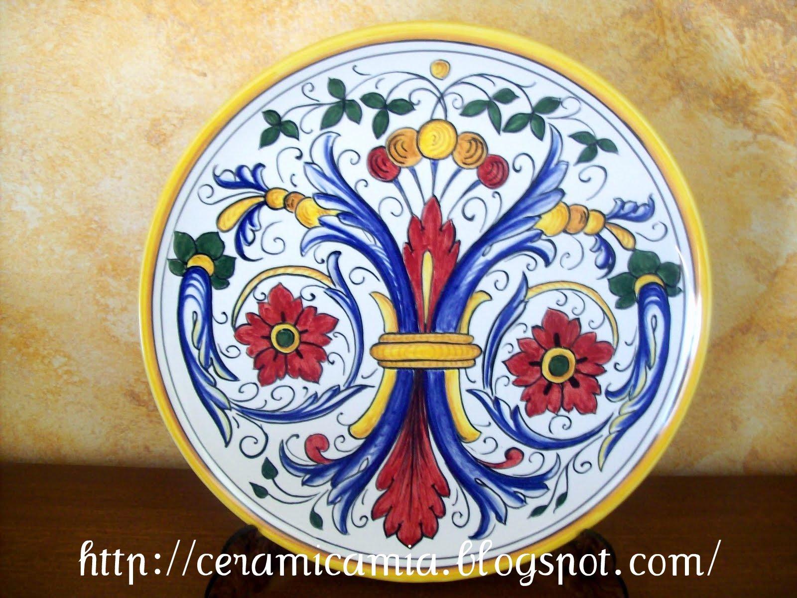 mattonelle marroni con decori fiori oro : Ceramica che passione: Tipi delle decorazioni su maiolica