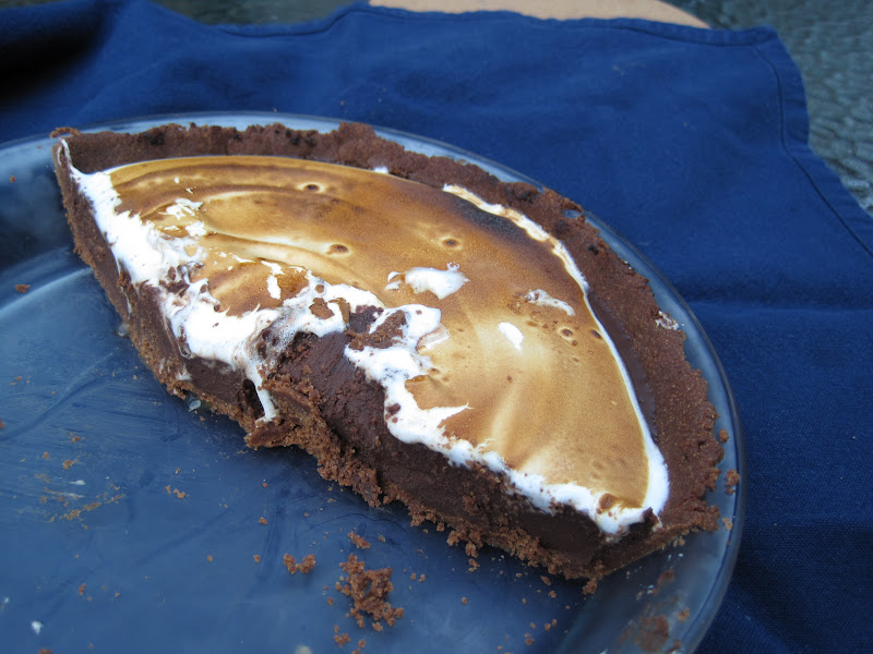 "Yum Yum: Coffee ""S'mores"" Pie"