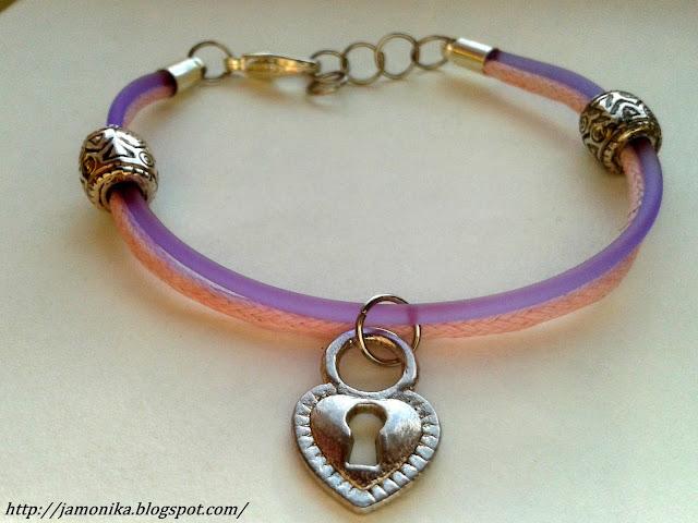 Różowo fioletowa bransoletka z serduszkiem