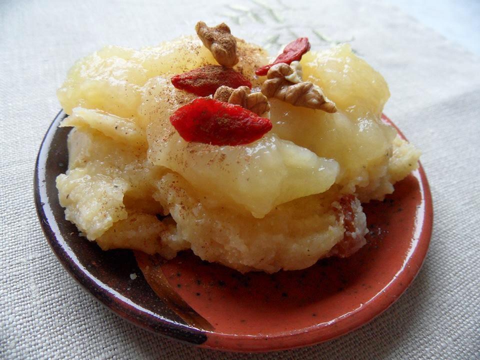 polenta, kasza kukurydziana, co z jabłek, coz kaszy kukurydzianej, jak gotowac polentę, czym zastapic kaszę manne, kasza orkiszowa, kasza jaglana