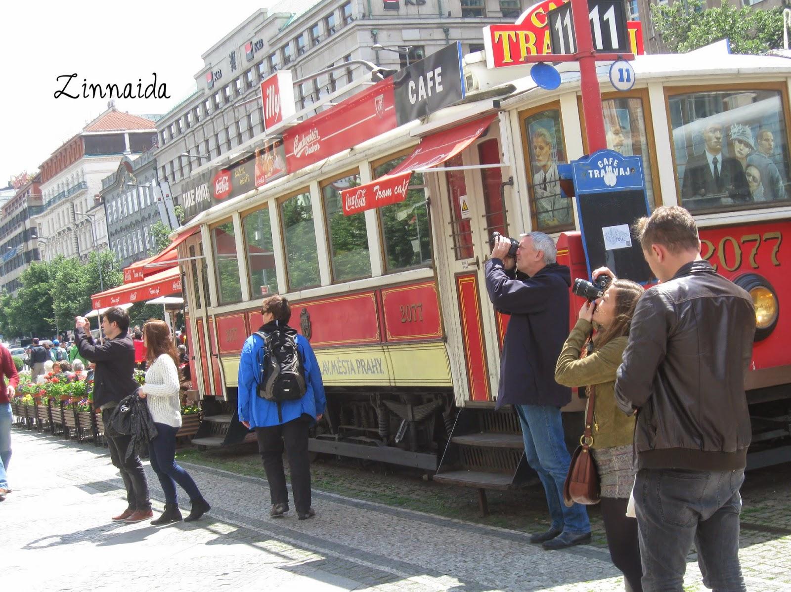 un-vechi-tramvai-devenit-cafenea