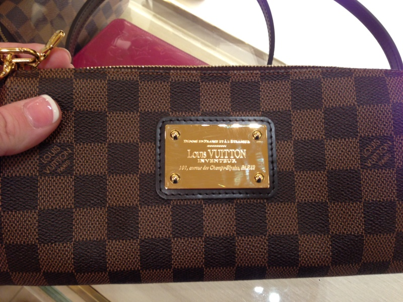 college handbag - Purse Princess: Comparison Pictures from the LV Store by Kim & Maja
