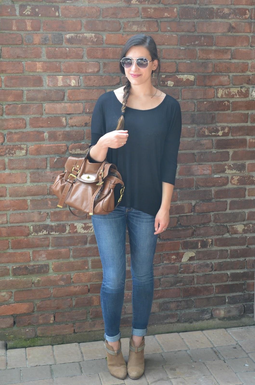 mini golf   oversized black top + jeans
