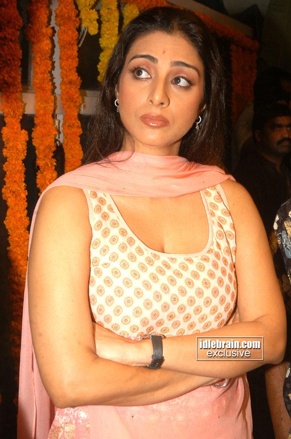 Hot Actress Unseen Photos: Tabu Actress Hot Pictures Tabassum Hashmi