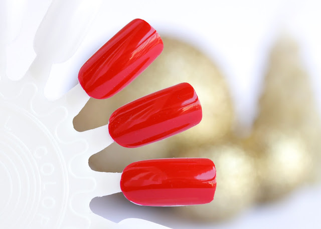 Bourjois 1 Seconde Gel Polish in 11 Rouge In Style Swatches