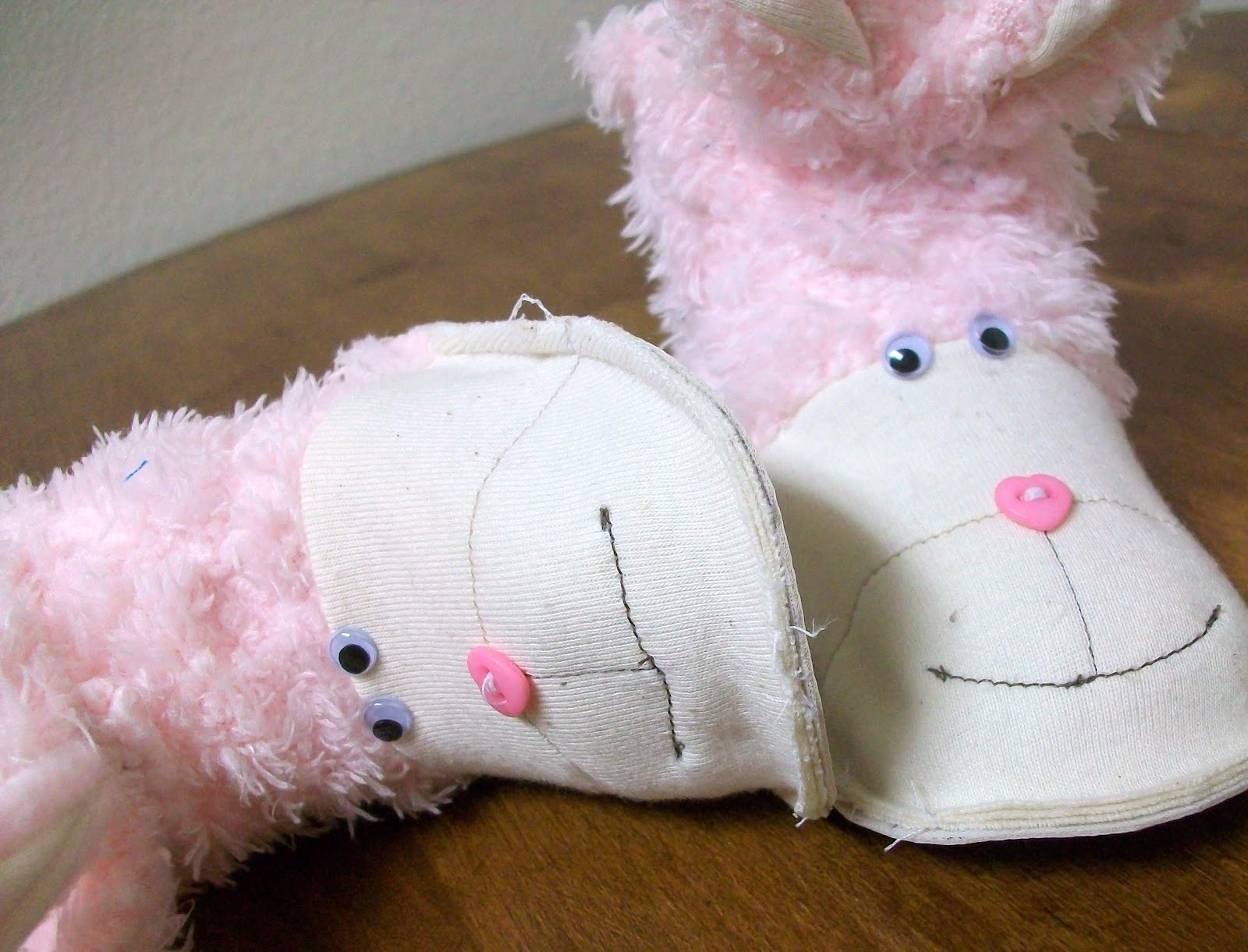 FREE PATTERN: Baby Bunny Boots • Heather Handmade