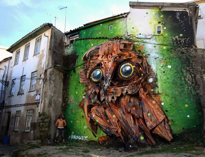 06-Owl-Eyes-Sculptor-Bordalo-Segundo-II-Sculpture-Urban-Camouflage-in-Upcycling-Rubbish-www-designstack-co