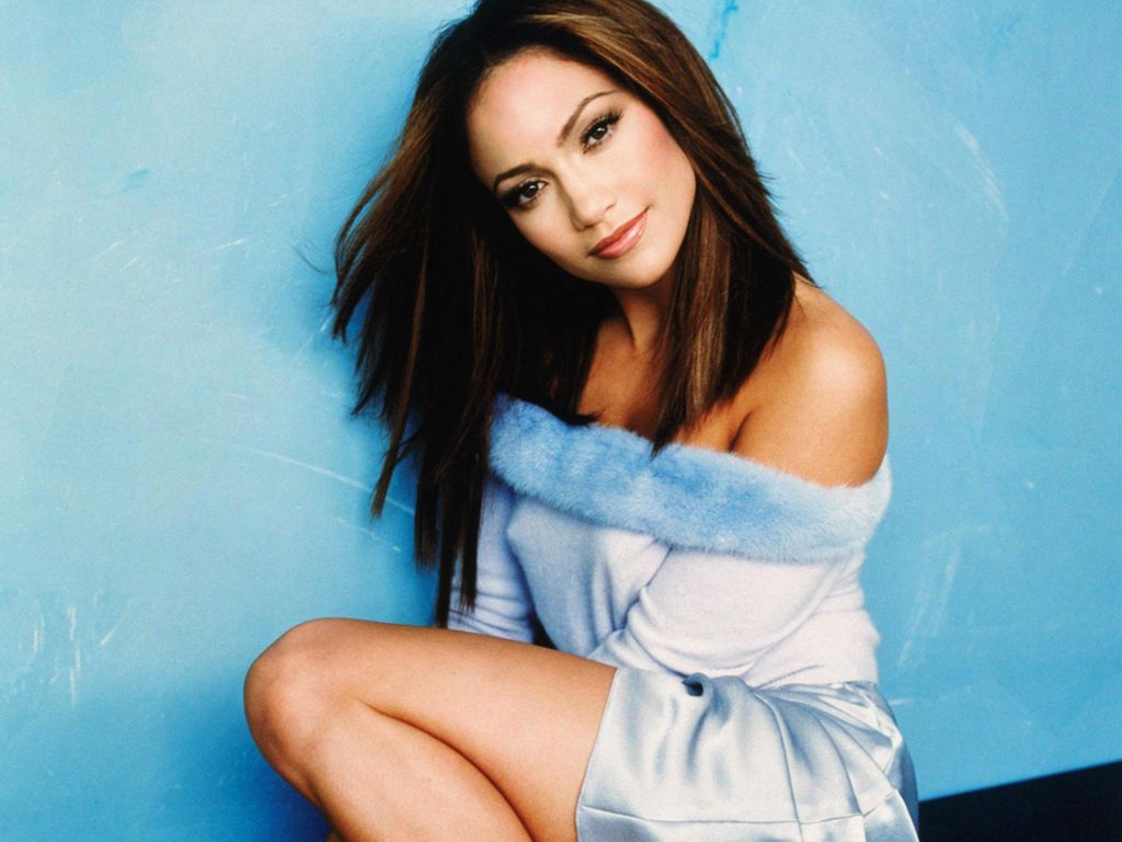 Jennifer Lopez Biograp...