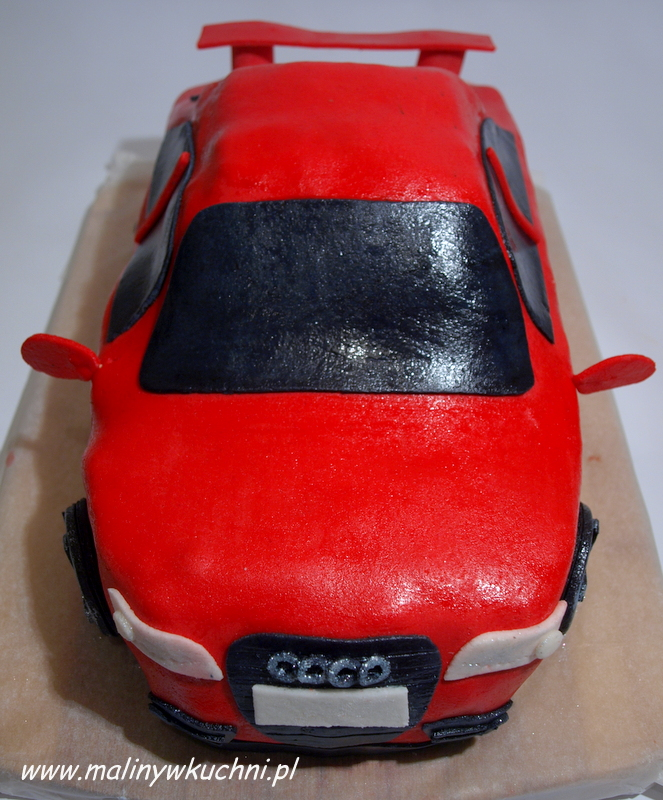 Tort Audi A8