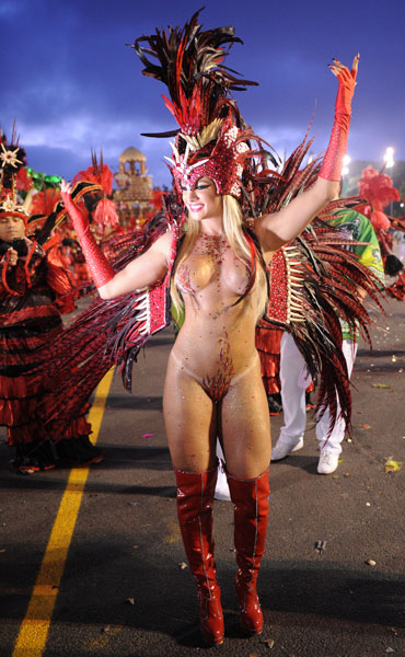 The music, the dancing, the glamourous women, the over-the-top floats all make Rio, but it's the costumes that really take the breath away.