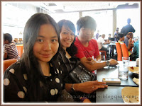 Darren, Yanti & Dylea at Kumar's Curry Fish Head Restaurant, Oasis Ara Damansara, PJ