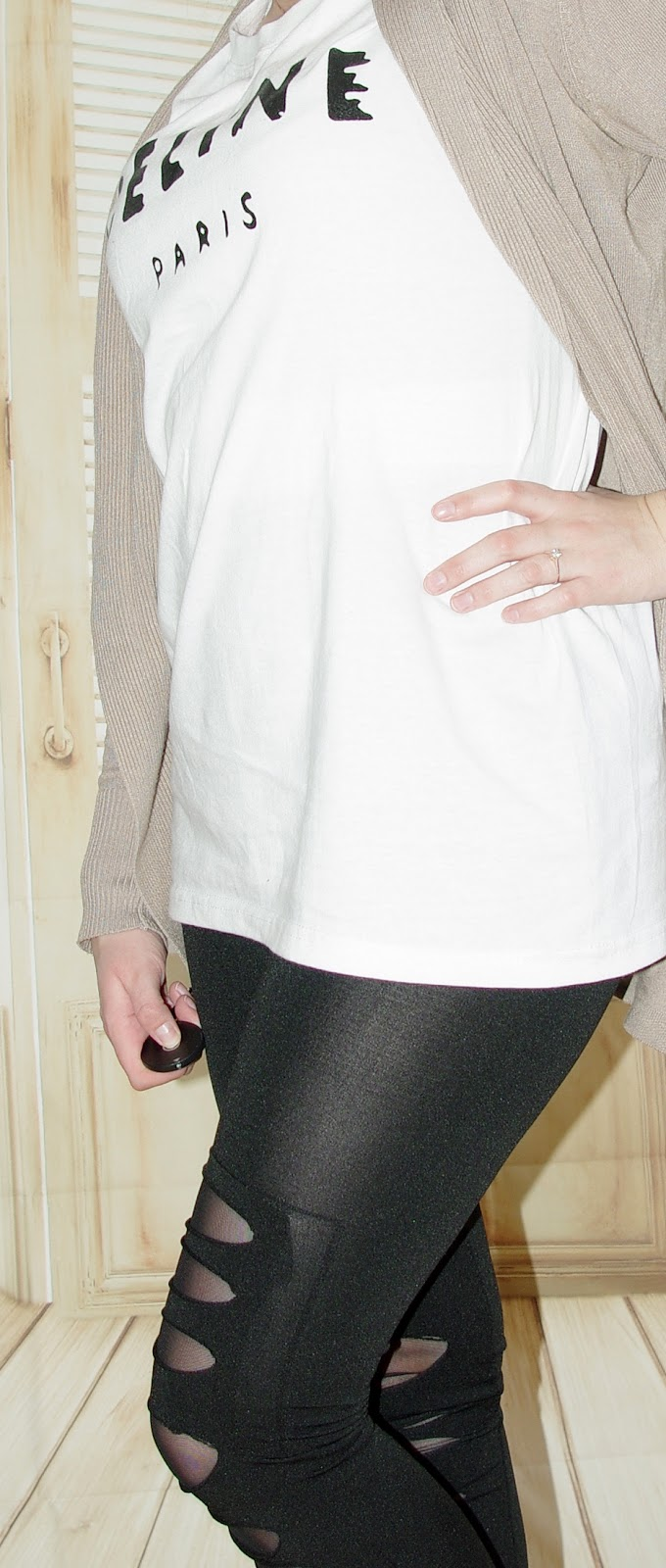 Outfit Cut Out Leggins, Céline Shirt & Cardigan