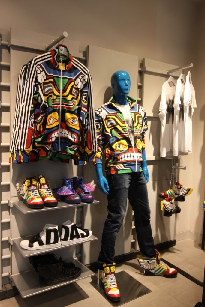 best website 63213 64b92 Adidas Jeremy Scott collection Unveiled and a Bloggers Meet