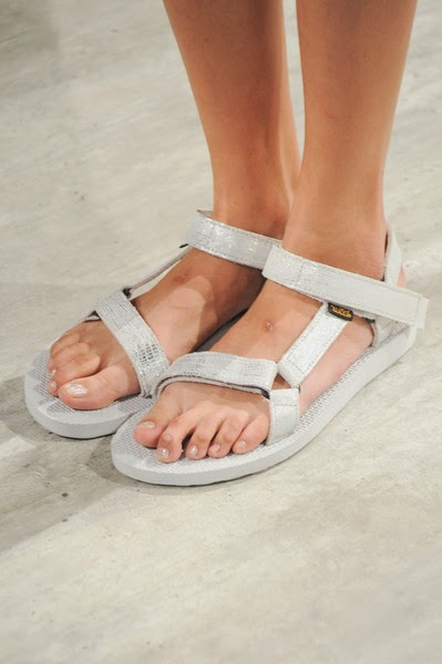 CharlotteRonson-elblogdepatricia-shoes-trendalert-uglyshoes-calzado-calzature-scarpe