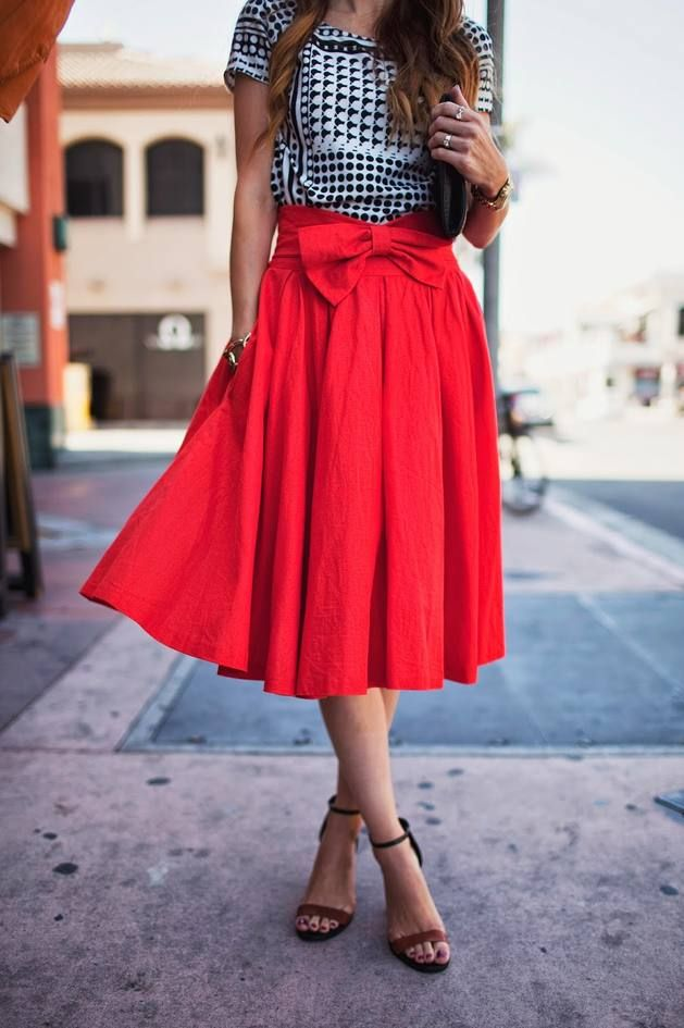 Red Front Waist Bow Pleated Mid Calf Skirt