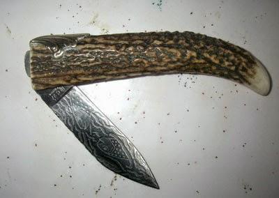 Couteau Cornillon en cervidé.