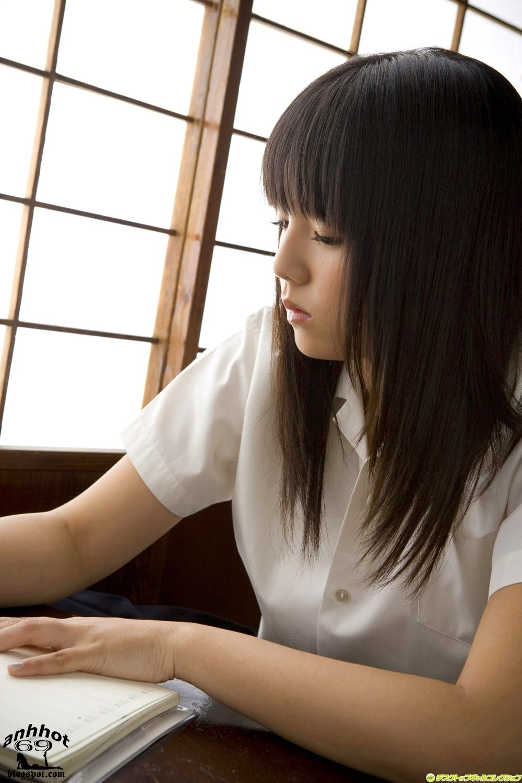 ai-shinozaki-00467640