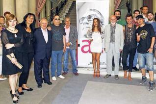 Foto de familia dos participantes na homenaxe a Celso Emilio Ferreiro en Vigo