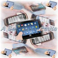 O uso excessivo de tablets e smartphones causam problemas posturais e dores.