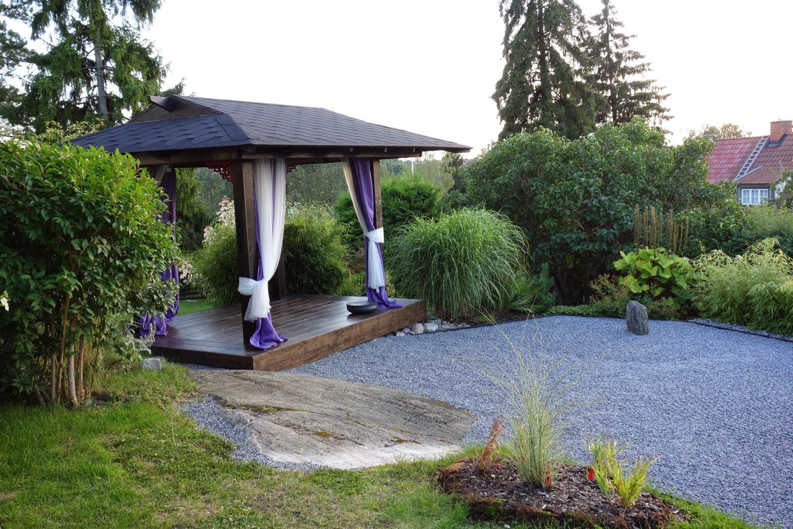 Den tysta trädgården