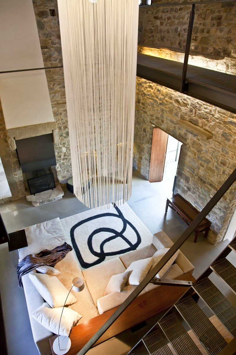 Torre moravola relax in umbria for Hotel design umbria