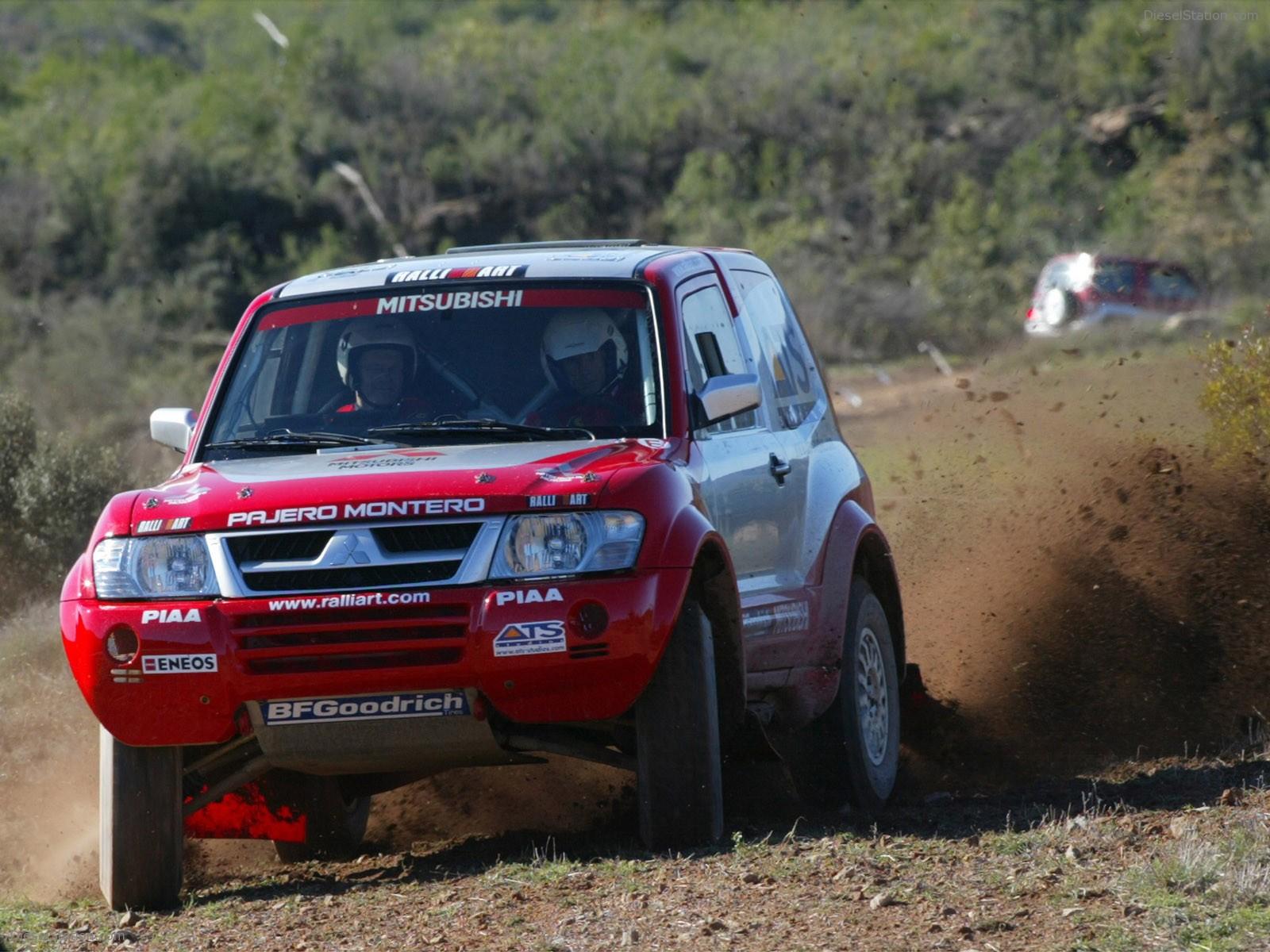 http://1.bp.blogspot.com/-xZp3Ce7_AIQ/T6YKUeZC3GI/AAAAAAAAA5g/CWOfHFadhL8/s1600/Mitsubishi+Pajero+Sport+Car+Photo.jpg