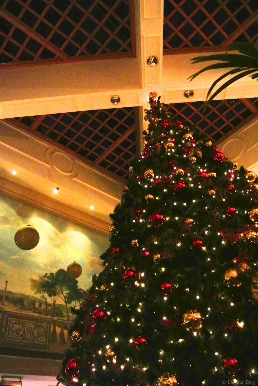 Marriot Tree Christmas Amman Imp