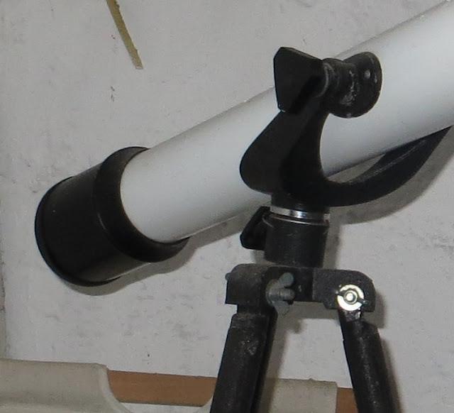 Ampliação de Fotografia de Telescópio para astrónomo amador 100x indicado para observação de crateras lunares