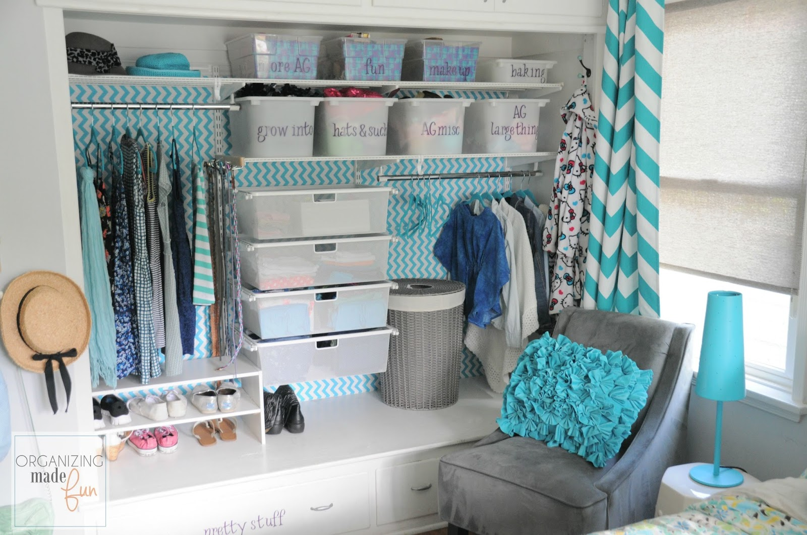 Cute Closet Organization Ideas Part - 40: Tween Girlu0027s Turquoise Organized Closet :: OrganizingMadeFun.com